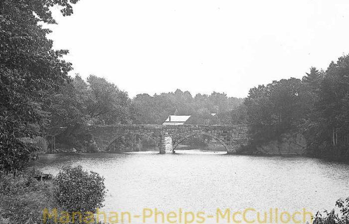 'Stone Arch BridgesHenniker'