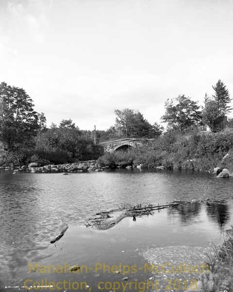 'Stone Arch BridgesHillsborough Town'